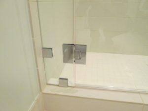 Hotel Shower Door Frameless (17)