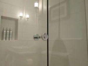 Hotel Shower Door Frameless (18)