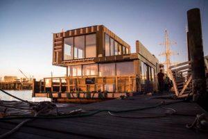 Floating Dreams Sky-Frame Construction